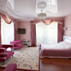Гостиница Вилла Жемчужина в Понизовке 2 отзыва об отеле, цены и фото номеров - забронировать гостиницу Вилла Жемчужина онлайн Понизовка комната для гостей фото 3