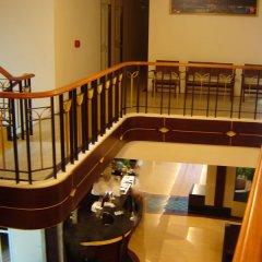 Отель Rambuttri House гостиничный бар