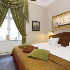 Victory Hotel 4* Люкс Captain Johansson's с различными типами кроватей фото 4