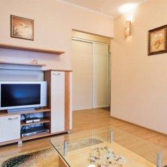 Апартаменты LikeHome Apartments Frunzenskaya комната для гостей фото 5