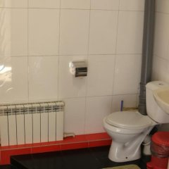 Гостиница Гостевой дом «Рио» в Уссурийске отзывы, цены и фото номеров - забронировать гостиницу Гостевой дом «Рио» онлайн Уссурийск ванная