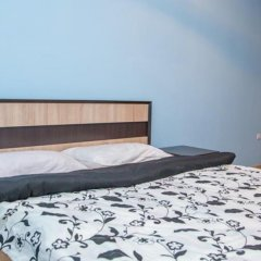 Апартаменты Apartment Svobody 6b комната для гостей фото 4