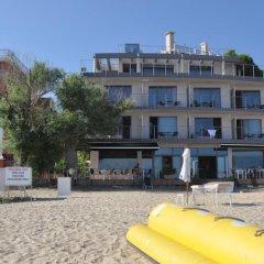 Hotel Villa Boyco пляж