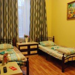 Хостел GooDHoliday Стандартный номер с 2 отдельными кроватями фото 4