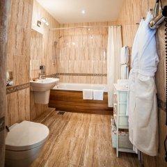 Гостиница Роза Шале в Красной Поляне отзывы, цены и фото номеров - забронировать гостиницу Роза Шале онлайн Красная Поляна ванная фото 3