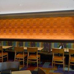 Отель Fairfield Inn & Suites Effingham гостиничный бар