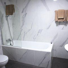 Sun Hall Beach Hotel Apts. in Larnaca, Cyprus from 70$, photos, reviews - zenhotels.com bathroom photo 2