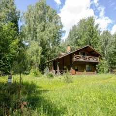 Гостиница Ekootel Romanov Les в Лунево 4 отзыва об отеле, цены и фото номеров - забронировать гостиницу Ekootel Romanov Les онлайн вид на фасад фото 5