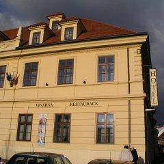 Hotel Hejtmanský Dvůr Сланы вид на фасад фото 2