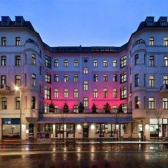 Отель Lux 11 Berlin Mitte Германия, Берлин - отзывы, цены и фото номеров - забронировать отель Lux 11 Berlin Mitte онлайн вид на фасад фото 3
