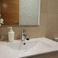 Отель Hostal Orleans ванная фото 3