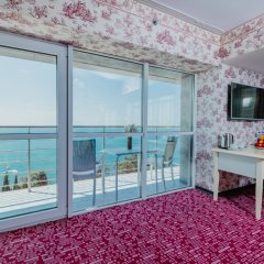 Marins Park Hotel Sochi 4* Люкс студио с различными типами кроватей фото 10