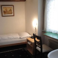 Отель KRONELIMMATQUAI Швейцария, Цюрих - 1 отзыв об отеле, цены и фото номеров - забронировать отель KRONELIMMATQUAI онлайн комната для гостей фото 4