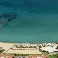 Отель Anthemus Sea Beach Hotel & Spa Греция, Ситония - 2 отзыва об отеле, цены и фото номеров - забронировать отель Anthemus Sea Beach Hotel & Spa онлайн пляж фото 2