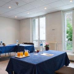 Отель Hôtel Abrial Париж питание