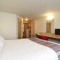 Отель Travelodge London Ilford комната для гостей фото 2