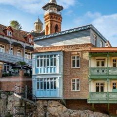Отель Sheraton Grand Tbilisi Metechi Palace вид на фасад