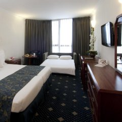 Отель Ramada Jerusalem Иерусалим комната для гостей фото 9