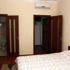 Гостиница Helen Николаев комната для гостей фото 6