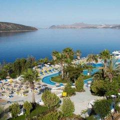 Отель Bodrum Holiday Resort & Spa пляж