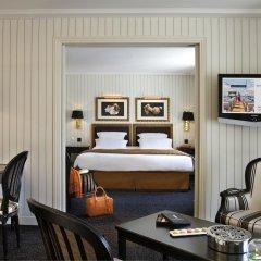 Hotel Barriere Le Majestic 5* Улучшенный люкс с двуспальной кроватью