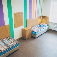 Хостел Енот Номер Эконом разные типы кроватей фото 3