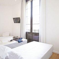 Отель Som Nit Born комната для гостей фото 2