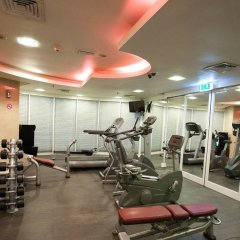 Millennium Airport Hotel Dubai фитнесс-зал