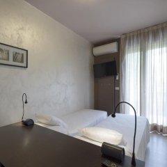 Отель M14 3* Номер категории Эконом фото 7