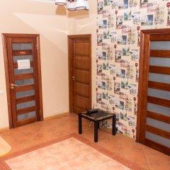 Хостел Trinity & Tours Стандартный номер с двуспальной кроватью (общая ванная комната) фото 7