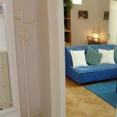Отель Royal Route Aparthouse Прага комната для гостей фото 5