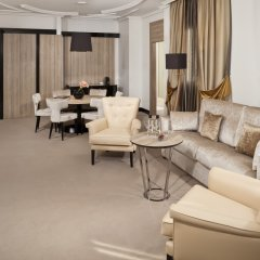 Отель Gran Melia Palacio De Los Duques 5* Люкс Red level с различными типами кроватей