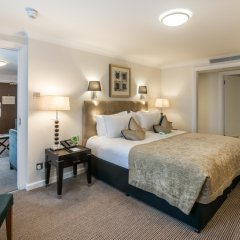 Отель Holiday Inn London - Kensington 4* Номер Делюкс