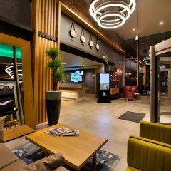 Holiday Inn Istanbul - Kadikoy Турция, Стамбул - 1 отзыв об отеле, цены и фото номеров - забронировать отель Holiday Inn Istanbul - Kadikoy онлайн интерьер отеля