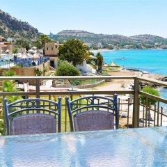 Ilyssion Hotel балкон