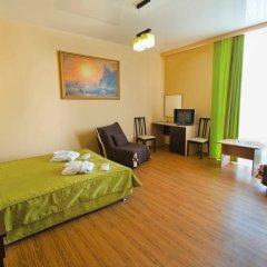 Гостиница Ателика Гранд Меридиан комната для гостей фото 8