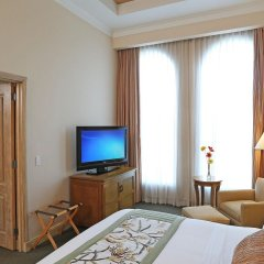 Отель Real InterContinental Tegucigalpa at Multiplaza Mall комната для гостей фото 5