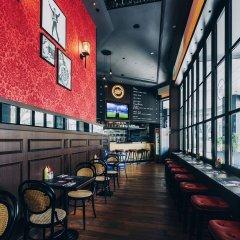 Отель BIG Hotel Сингапур, Сингапур - 1 отзыв об отеле, цены и фото номеров - забронировать отель BIG Hotel онлайн гостиничный бар фото 4