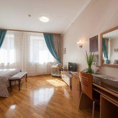 Гостиница ПолиАрт Номер Комфорт с двуспальной кроватью фото 13