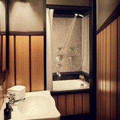 Отель HolidaysInParis - Bourg Tibourg Франция, Париж - отзывы, цены и фото номеров - забронировать отель HolidaysInParis - Bourg Tibourg онлайн ванная