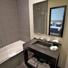 Отель Catalonia Vondel Amsterdam 4* Представительский номер с различными типами кроватей фото 4