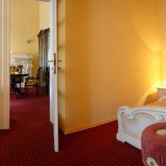 Гостиница Жорж Львов комната для гостей