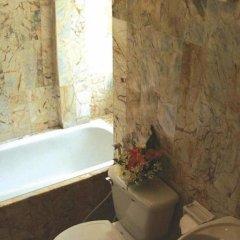 Отель Bangtao Village Resort 3* Улучшенный номер с различными типами кроватей фото 3