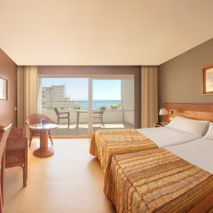 Отель SH Ifach комната для гостей фото 3