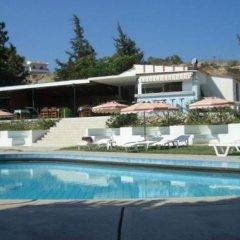 Отель Maran бассейн