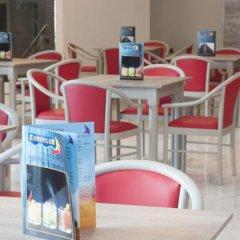 Отель Euroclub Hotel Мальта, Каура - 1 отзыв об отеле, цены и фото номеров - забронировать отель Euroclub Hotel онлайн гостиничный бар фото 2