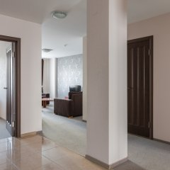 Гостиница Комплекс апартаментов Комфорт Улучшенные апартаменты с различными типами кроватей фото 36