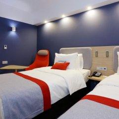 Гостиница Холидей Инн Экспресс Москва — Павелецкая 3* Стандартный номер с 2 отдельными кроватями фото 3