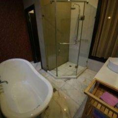 Отель Mingtown Hiker Youth Hostel Китай, Шанхай - отзывы, цены и фото номеров - забронировать отель Mingtown Hiker Youth Hostel онлайн ванная фото 4