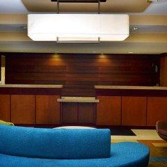 Отель Fairfield Inn & Suites Effingham интерьер отеля